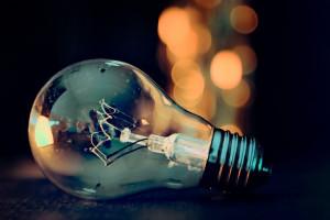 light-bulb-3535435__480